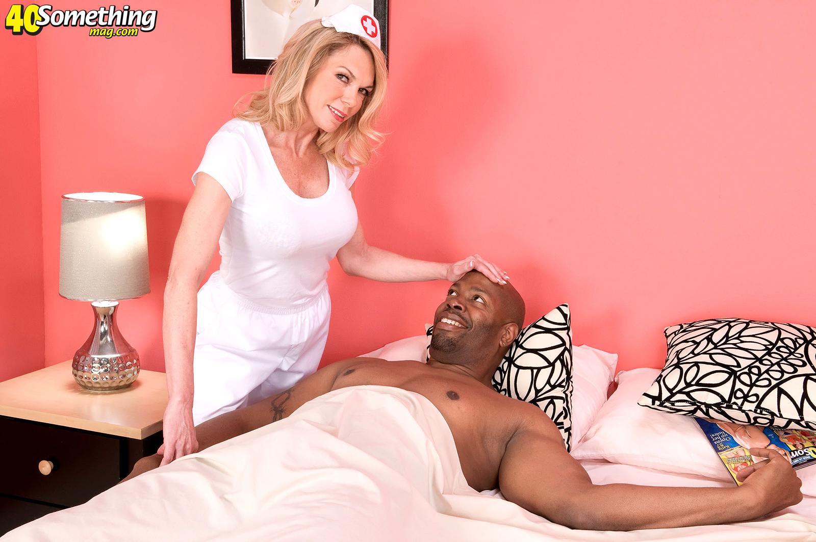 Big Tit Milf Threesome Bbc
