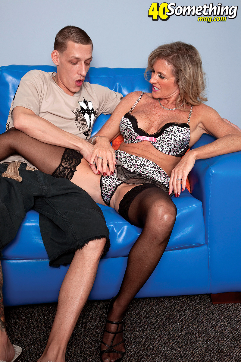 Mature Fucked Young Guy