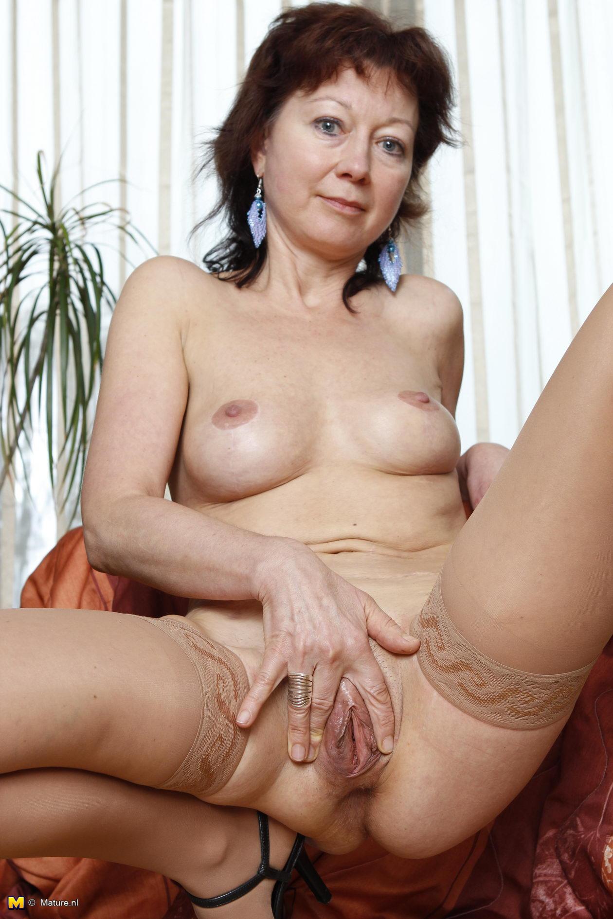 Weak Women Open Wet Pussy Photos