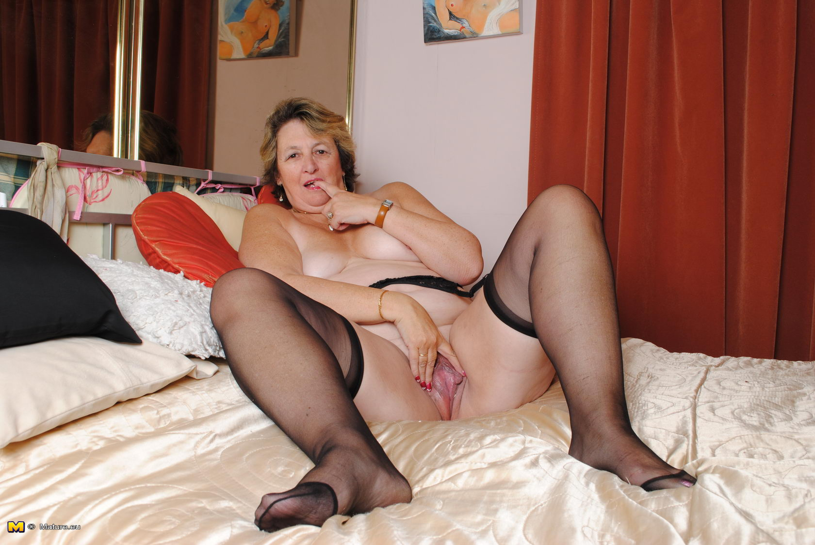Big Mature Pussy Porn