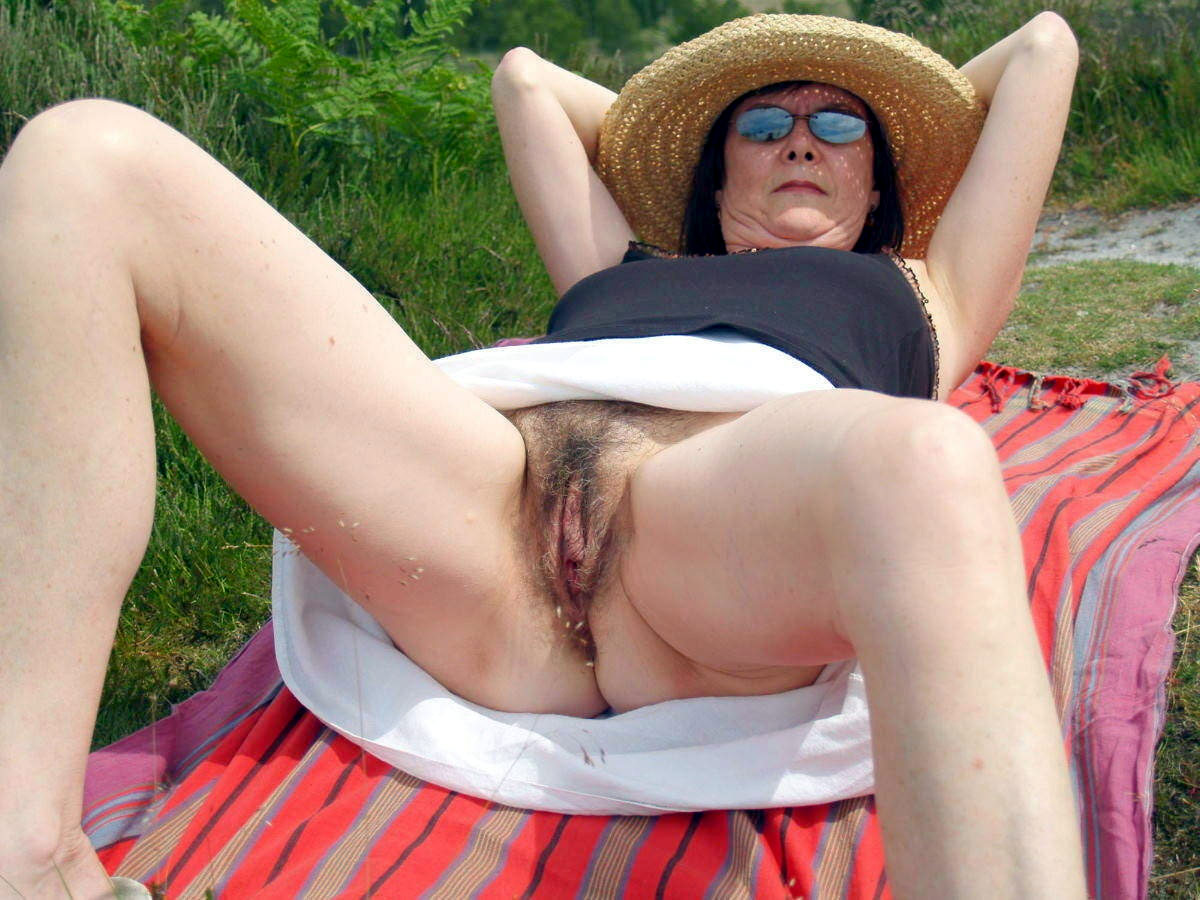 wife spreading legs