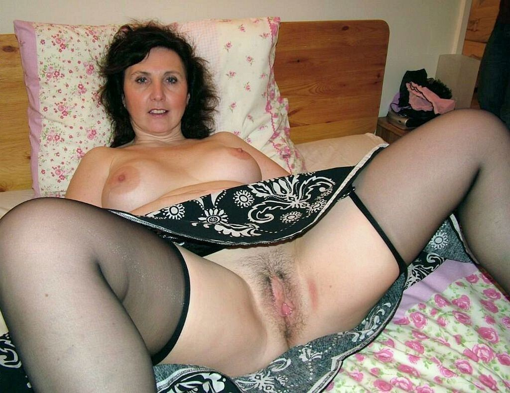 Busty Mature Granny A N Stockings